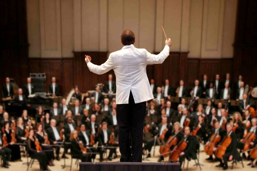 orkestra-Music-conductor